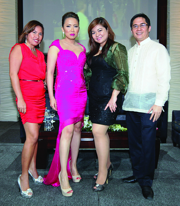 (L-R)+Agnes+Pedrosa+Marelid,+Lalaine+Chu-Benitez+and+Philippine+Commercial+Attache+Jose+Dinsay+and+wife+Jinggay+Dinsay.jpg