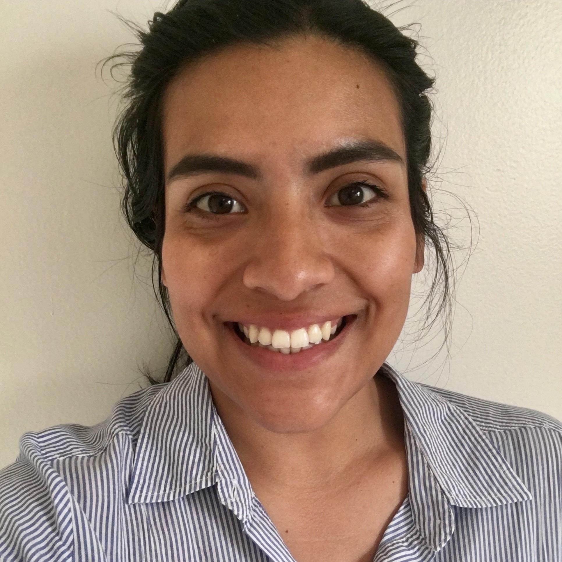 ROXANA (ROXIE) SIERRA   RESEARCH AND ADMINISTRATIVE INTERN