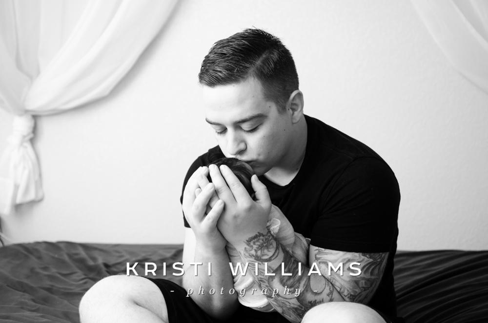 newbornfamilykristiwilliamsphotography