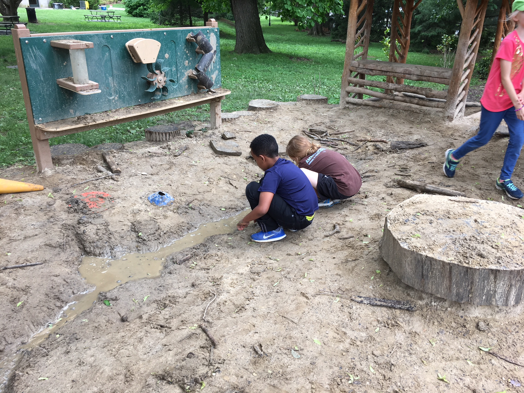Engineering in the sand pit.jpeg