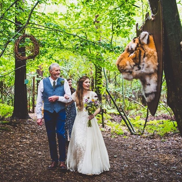 Ha ha ! You never know what you will find in the woods on your wedding day ! Loved Char and Rob and their playful touches for their wonderful woodland blessing #laughtonwedding #woodlandweddings #sussexwoodlandwedding #lovesussexweddings #rockmywedding #sussexweddings #leweswedding #woodlandweddingideas