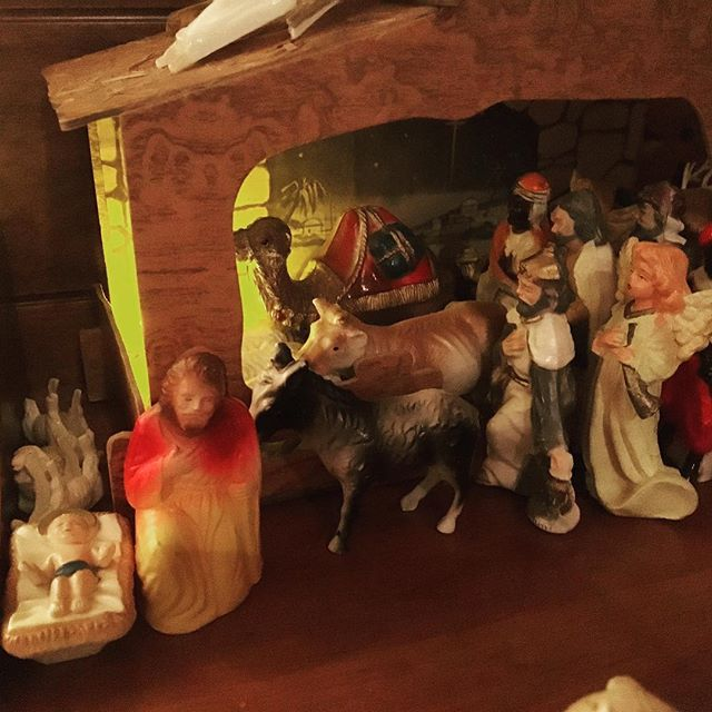 When I was a kid, my family's nativity set was my favorite decoration to set up. They were some of my first action figures, except without the action. I'd spend hours running alternate scenarios of the story. My four-year-old did the creative work here. Apparently, there's no room in the inn OR stable this year...although Mary seems to have made the cut. . Those are flipped lambs behind the manger. . . . #creative #nextgeneration #hope #is #aliveandwell #makersmovement #puremichigan #nativity #nativityscene