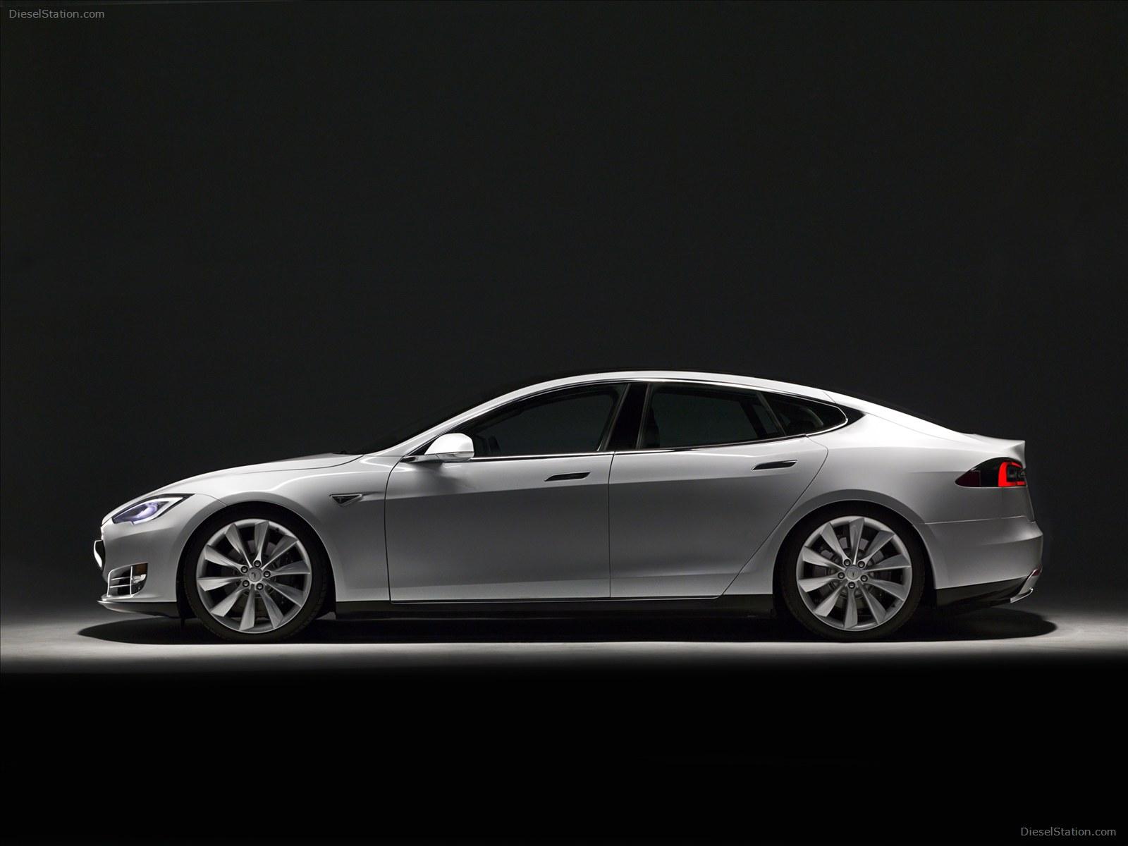 Tesla-Model-S-2013-15.jpg