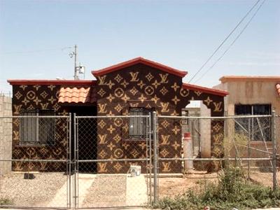 s83_lv_house.jpg