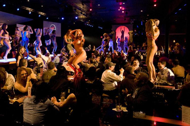 Clubs strip psychology of A Stripper