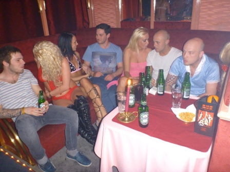 Psychology of strip clubs
