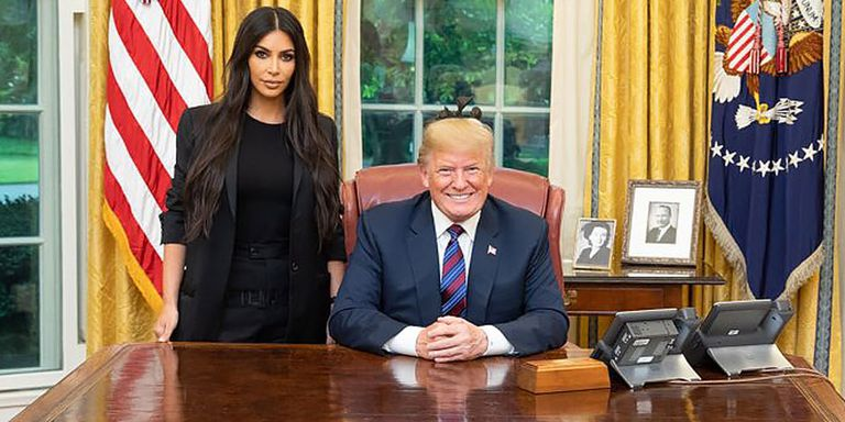 kim-kardashian-donald-trump-meeting-twitter-social-hp-crop-1527781336.jpg