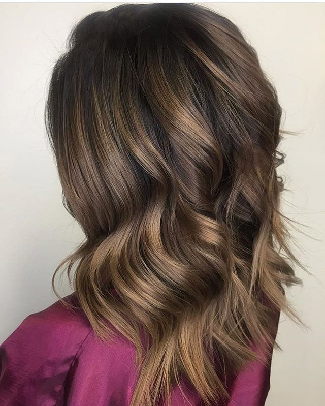 Melted to perfection  @evangelina_blanco using @schwarzkopfusa color and styled with @bumbleandbumble straight blow dry for shine and smoothness and finished with brilliantine for separation and shine * * * * * * * #maneinterest #americansalon #honeycolor #colormelting #hairart #hairdreams #schwarzkopf #bbcrew #inlandempire #salontribeca