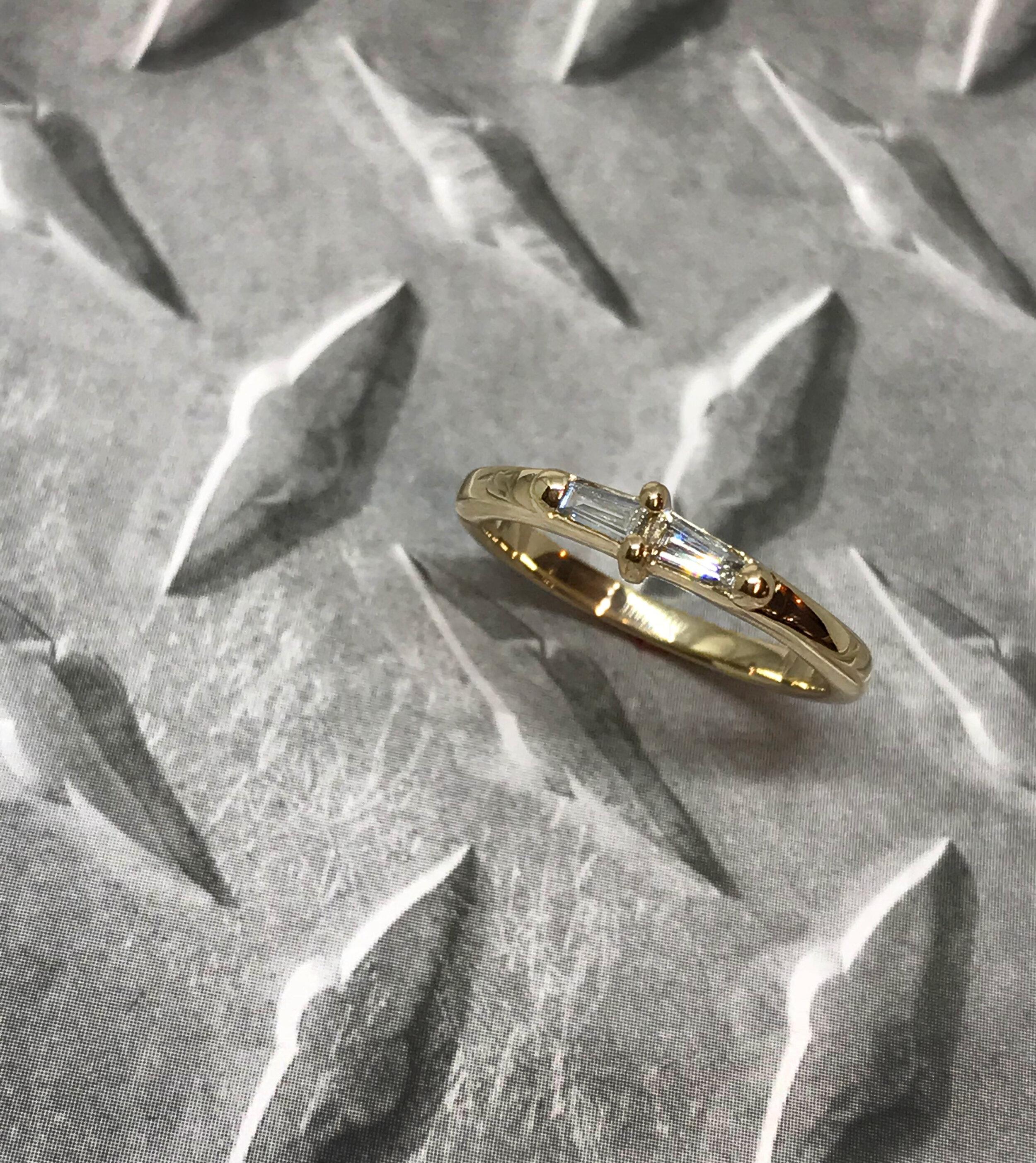 Gold_diamondbaguette.jpg