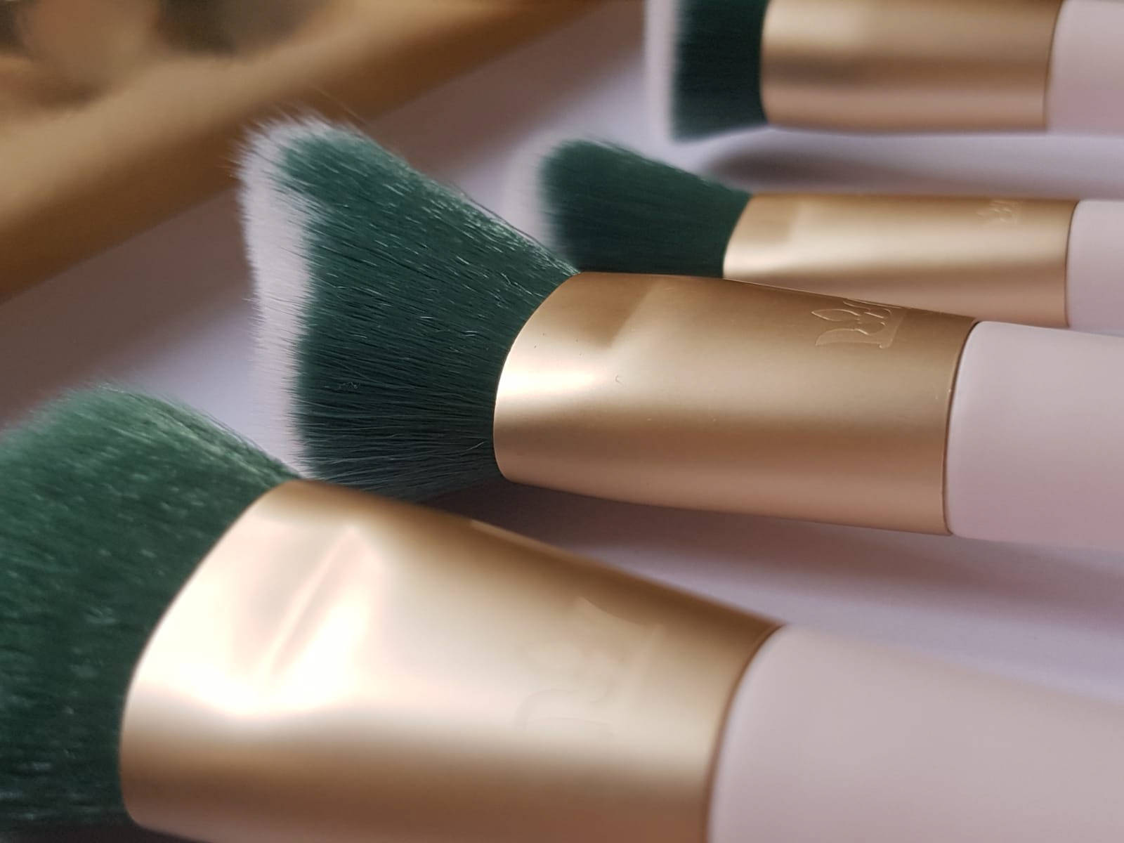 SMAK-Miss Universe Ireland-Brushes-1.jpg