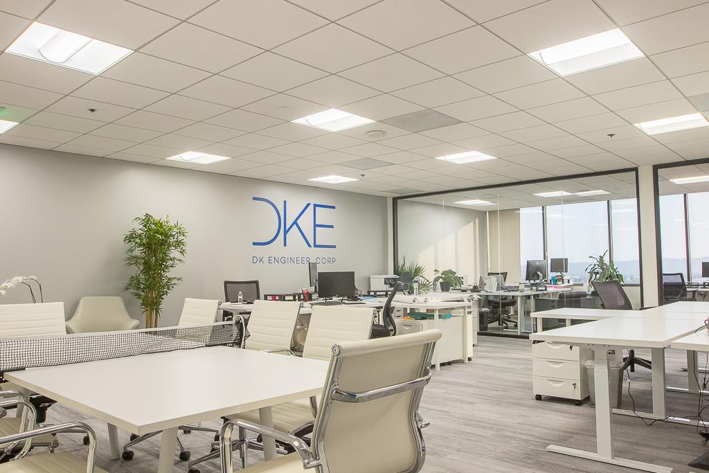 DKE_Office_13.jpg