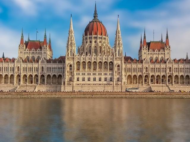 neo-gothic-architecture.jpg