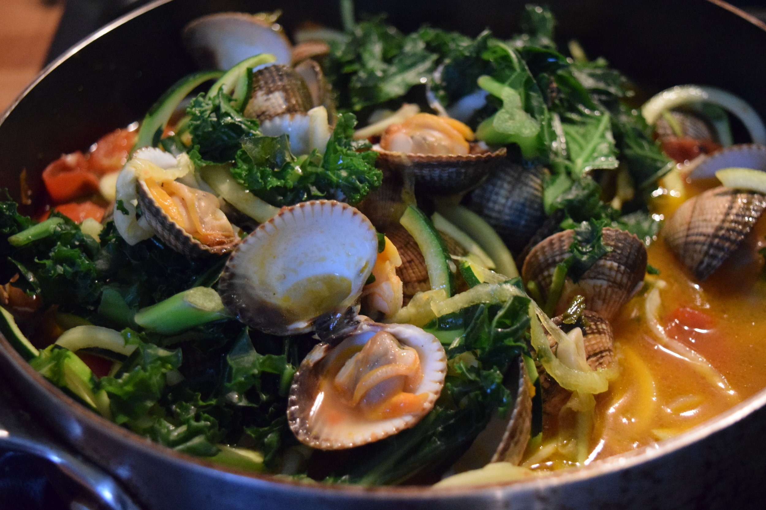 Cockles with kale and linguine