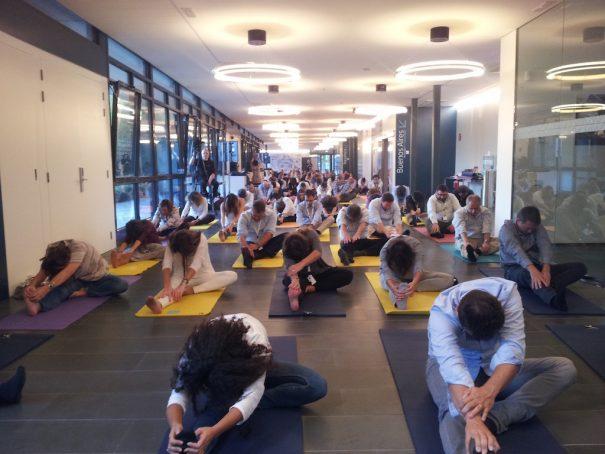 yoga-empresa-605x454.jpg