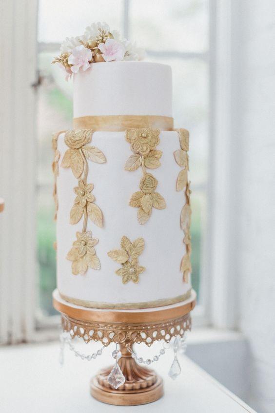 Gold Chandelier Round Cake Stand   Opulent Treasures