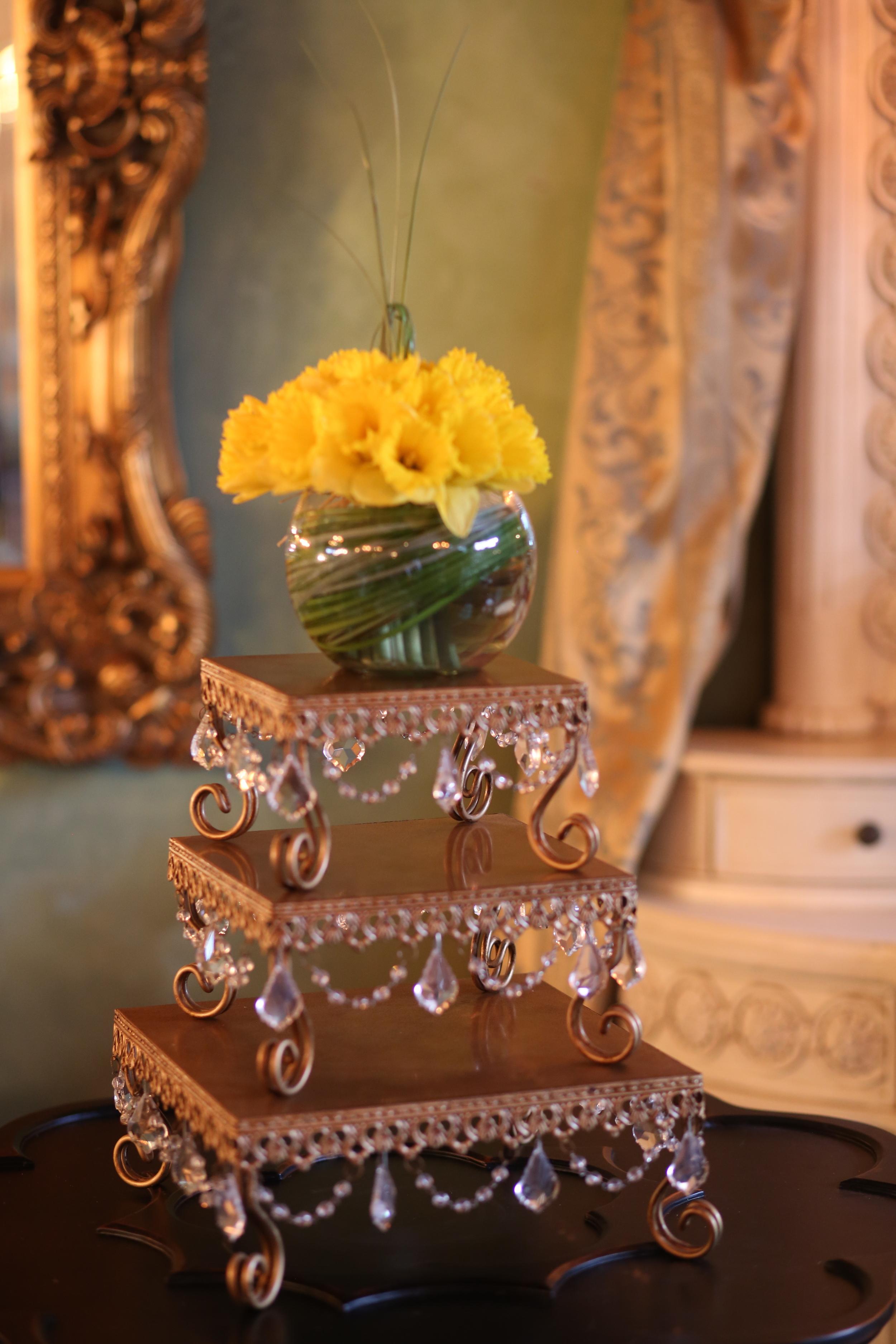 Square Chandelier Cake Stands   Opulent Treasures