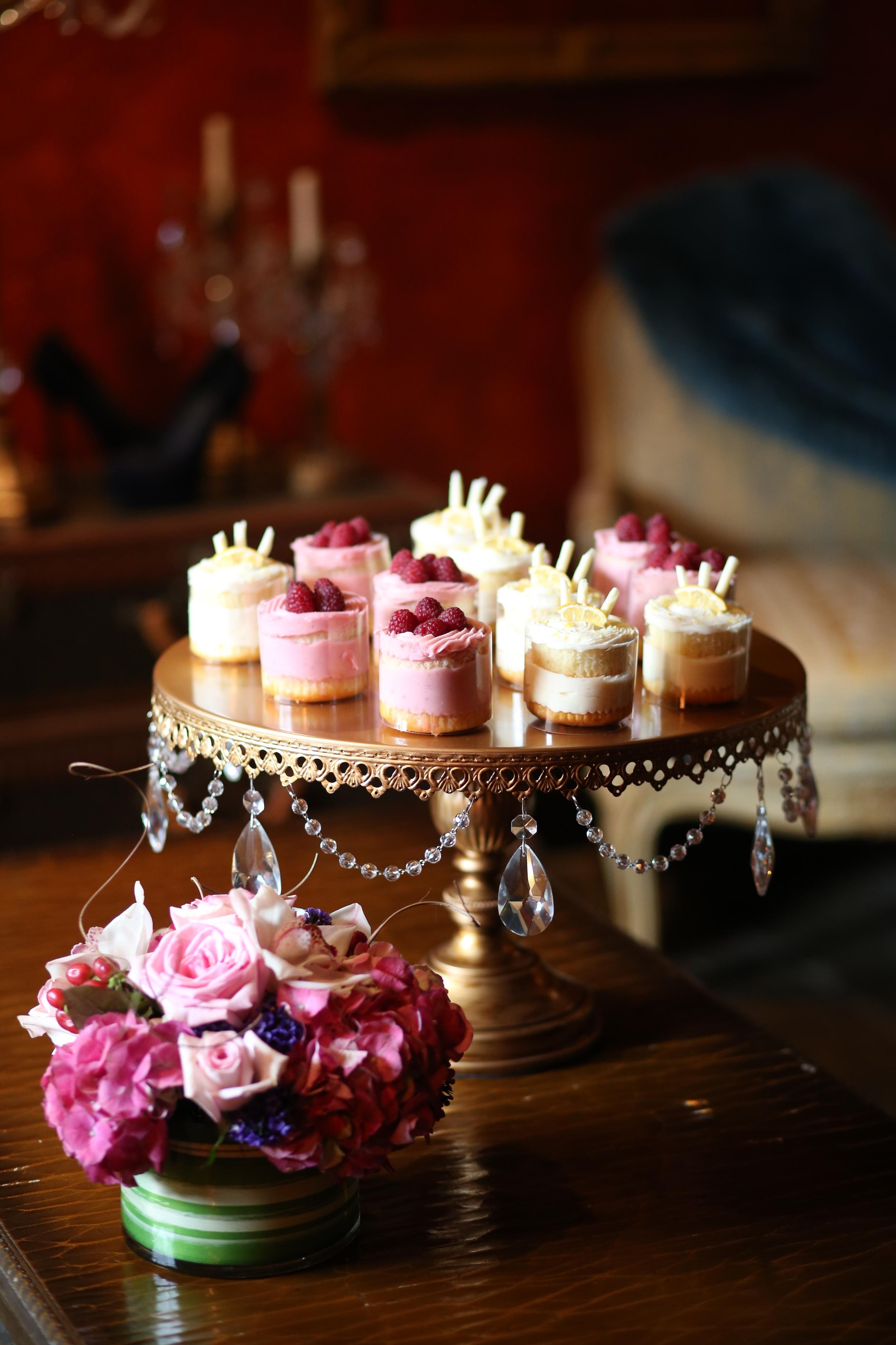 Round Gold chandelier cake stand