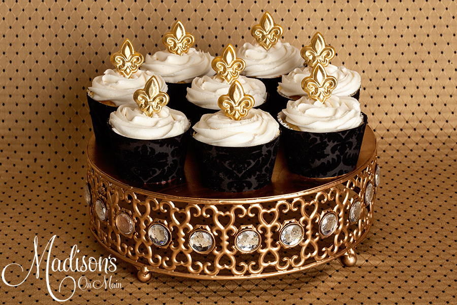 Moroccan Jeweled Cake Stand   Fluer-de-lis Cupcakes