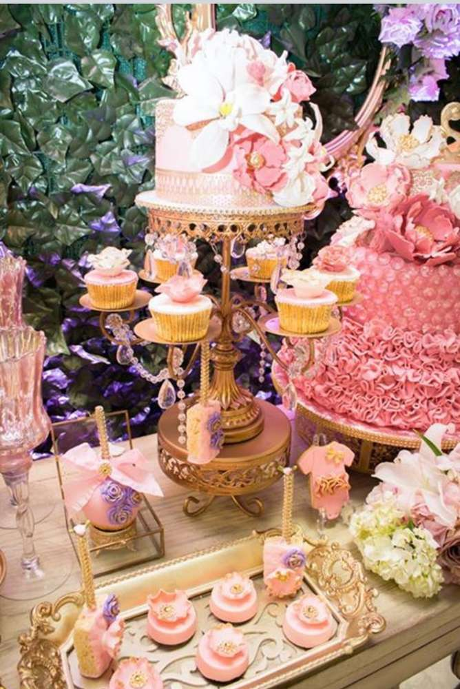 Rosebud Dessert Stand