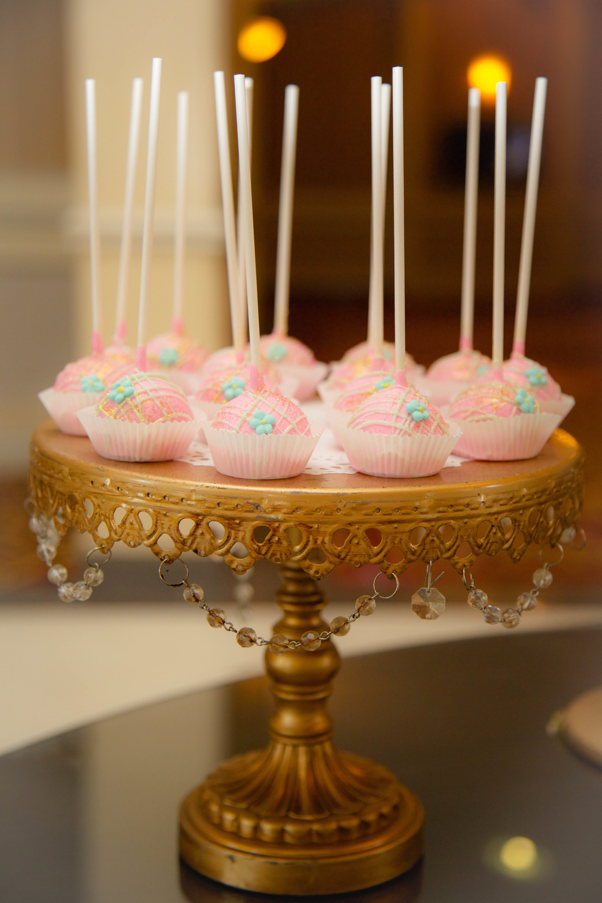 Gold Chandelier Cake Stand   Cake Pops