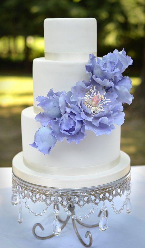 Opulent Treasures   Silver Chandelier Loopy Cake Plate  White Wedding Cake   Purple Flowers