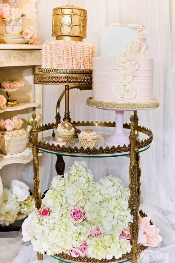 Cake stands on serving tray