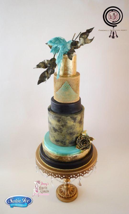 Gold Chandelier Cake Stand   Opulent Treasures