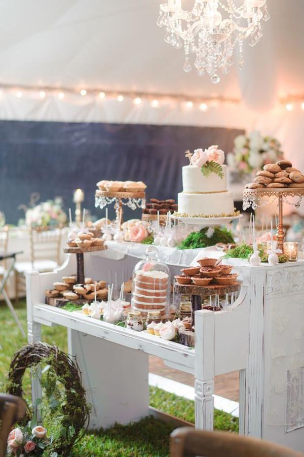 dessert table rustic.jpg