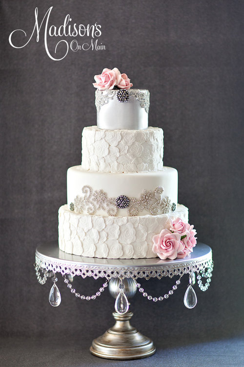 Wedding Cake by  Madison's on Main  |  Silver Grand Round Wedding Cake Stand