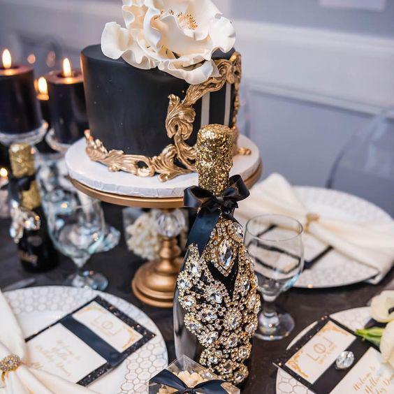 Bridal-Shower-black-gold-opulent-treasures-cakesstands.png