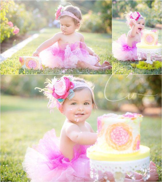white-cake-stand.jpg