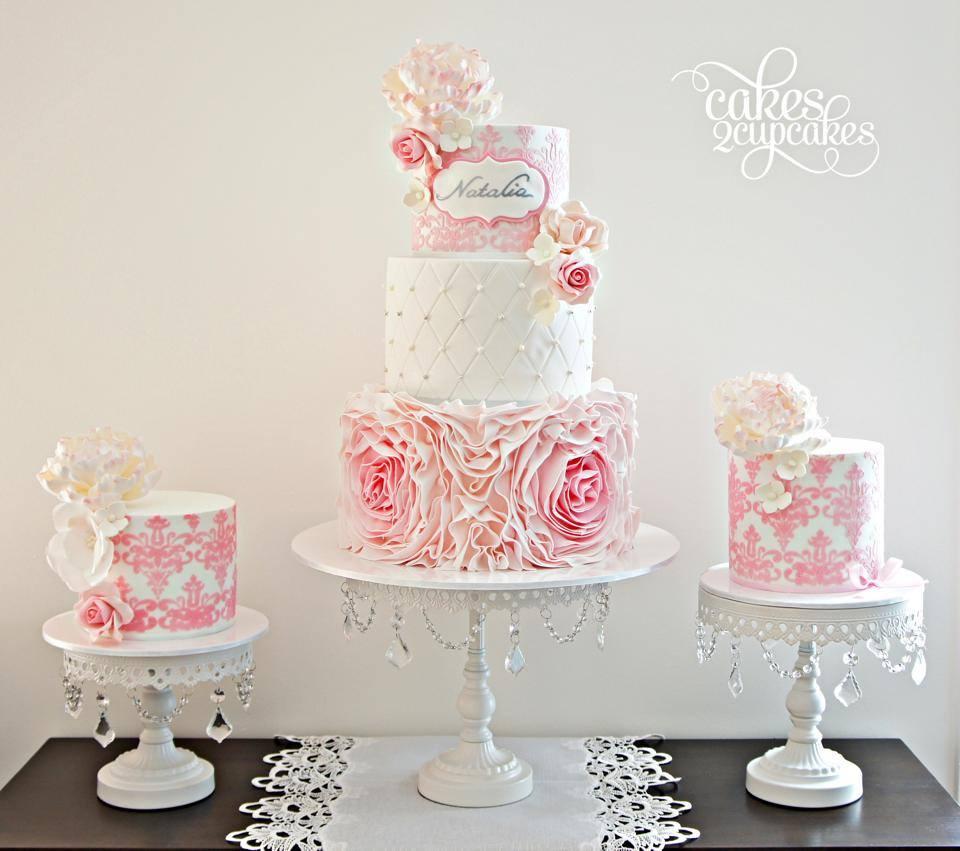 opulenttreasures-white-cakestands-cakes-2-cupcakes.jpg