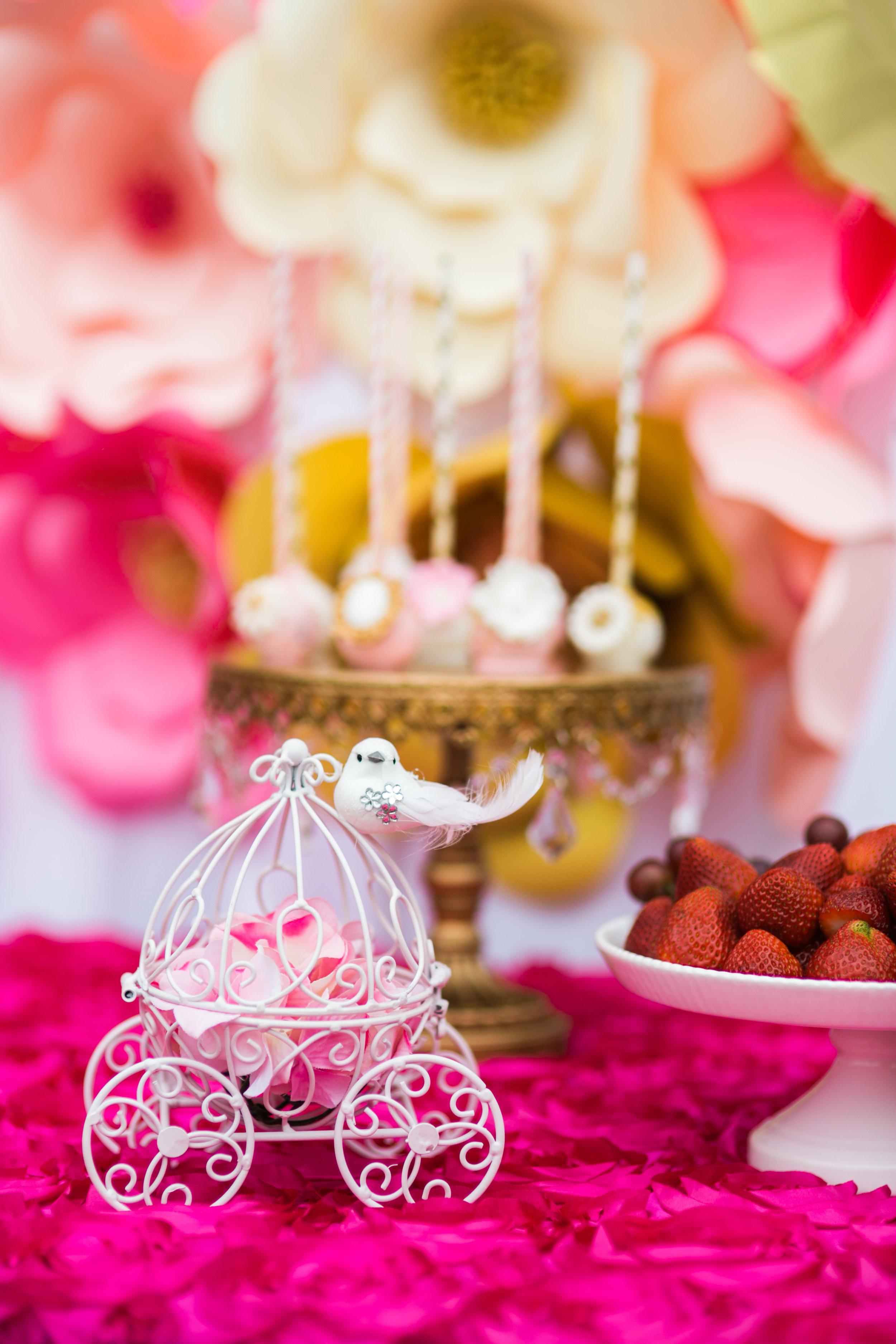 opulent-treasures-cakestand-Bday-designsbyalexandra_.jpg