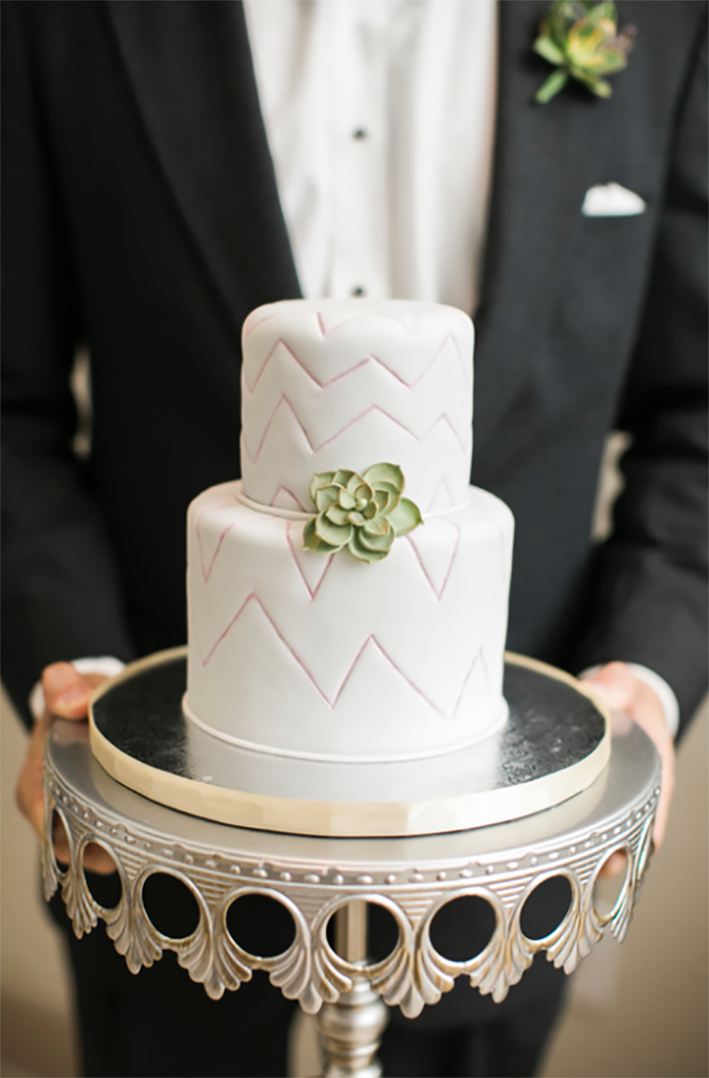 Opulent-Treasures-crown-cake-stand-silver-groom.png