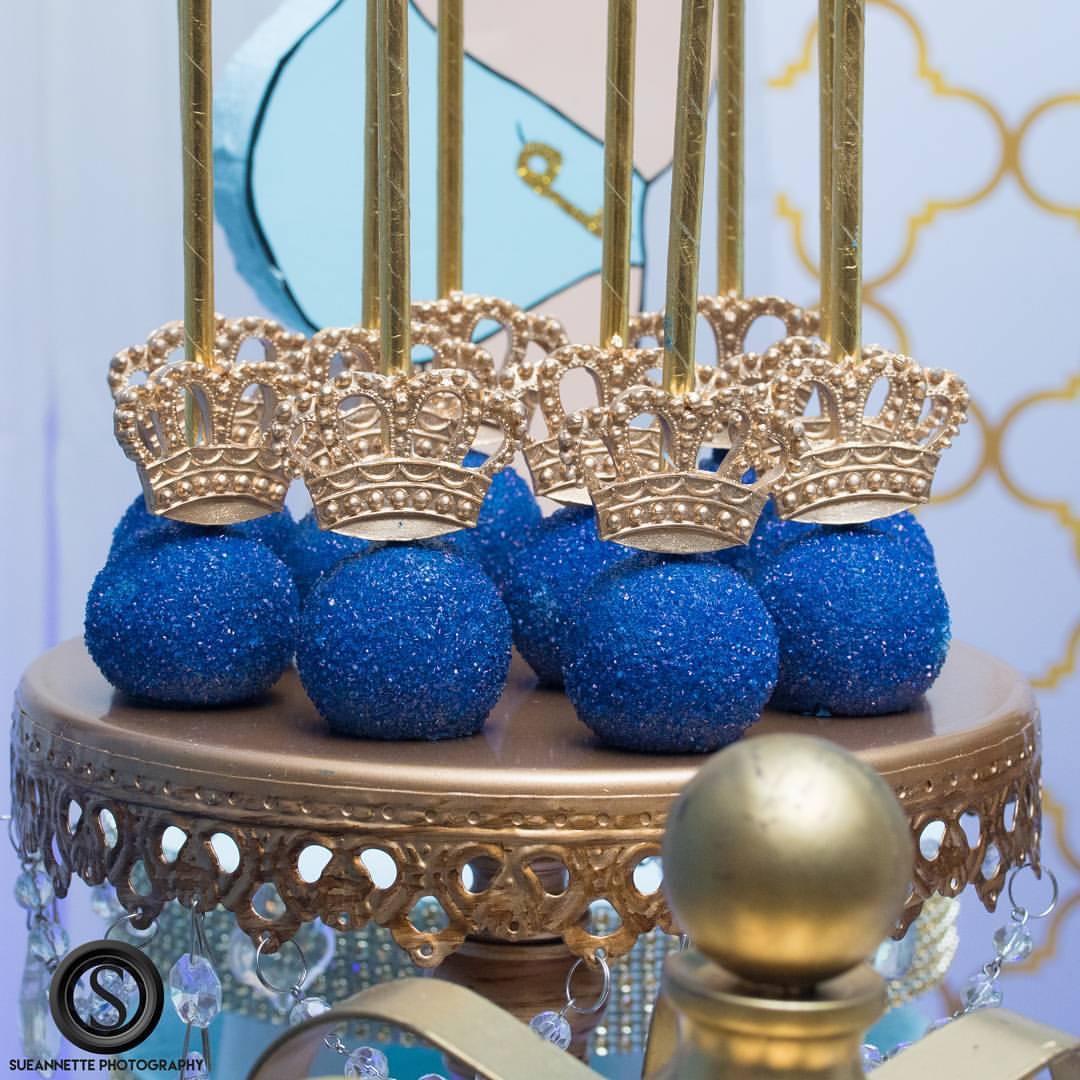 gold-chandelier-ball-base-cake-stand-keventdecor.JPG
