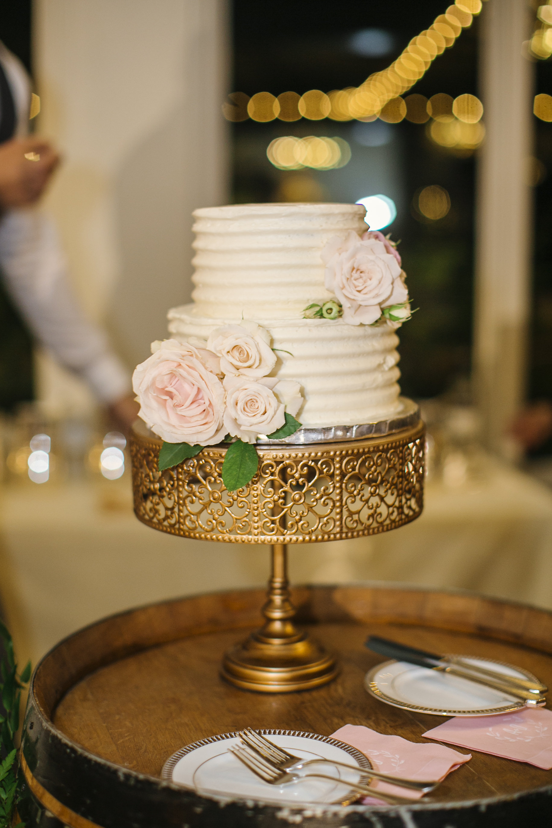 Opulent-Treasures-Cake stands04.jpg