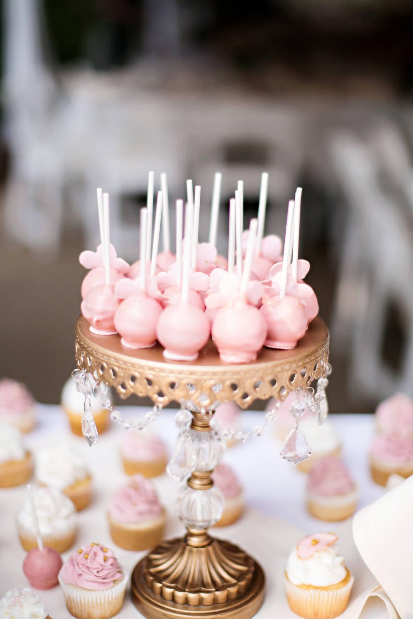 cakepops by cakeonsundays.jpg