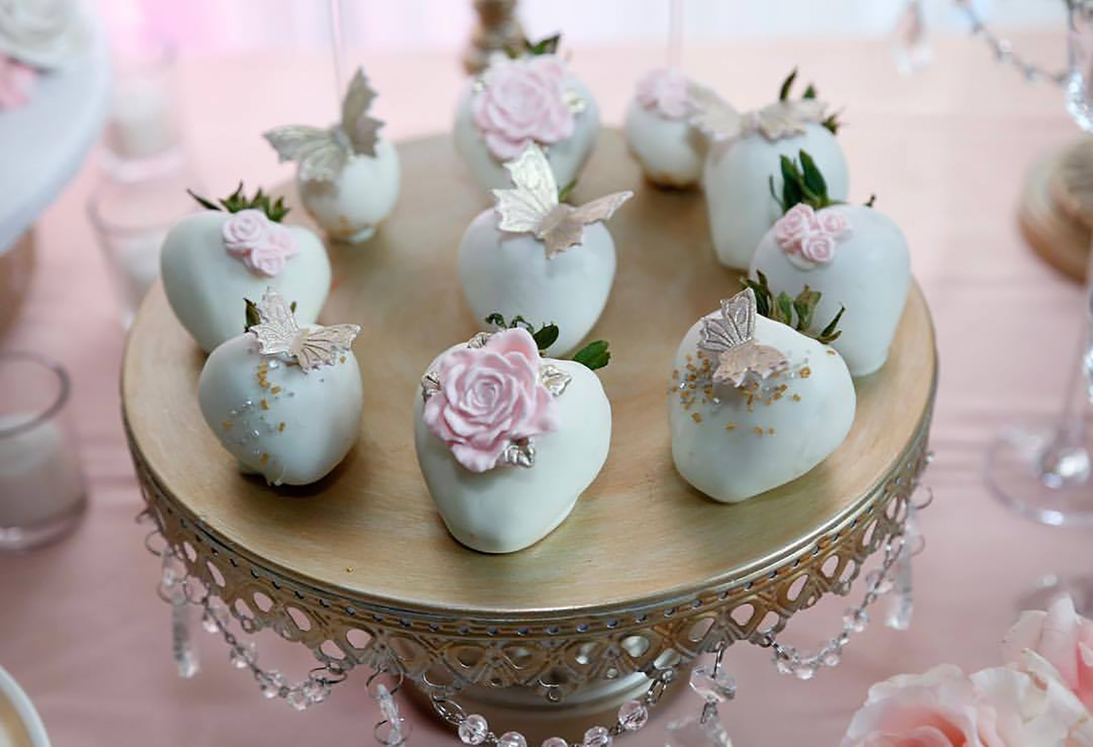 silver-cakestand-opulent-treasures-galabashers.jpg