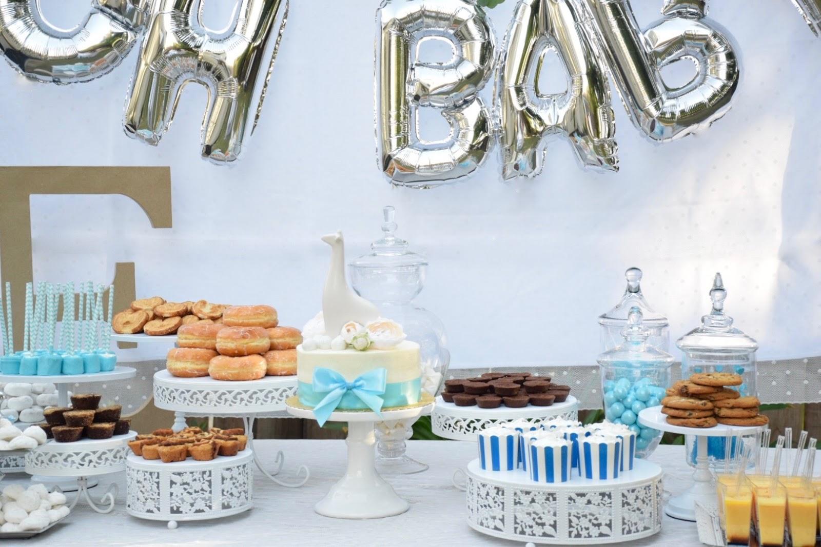 baby-shower-dessert-tanle-white-cake-stands.jpg