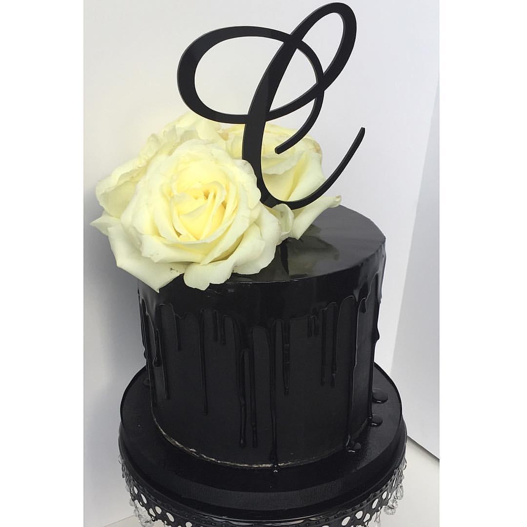 black drip cake.jpg
