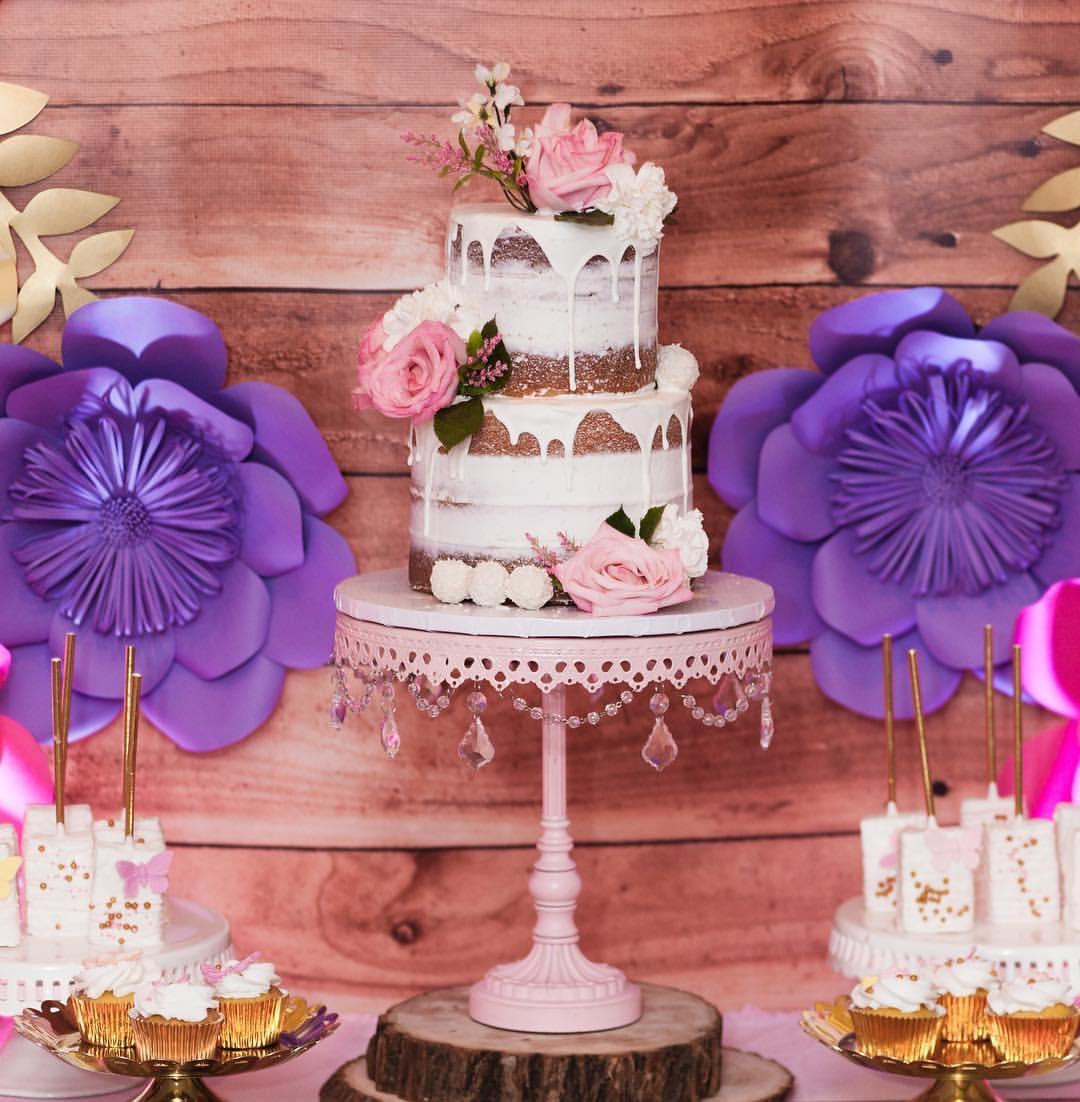 pink-chandelier-cake-stand.jpg