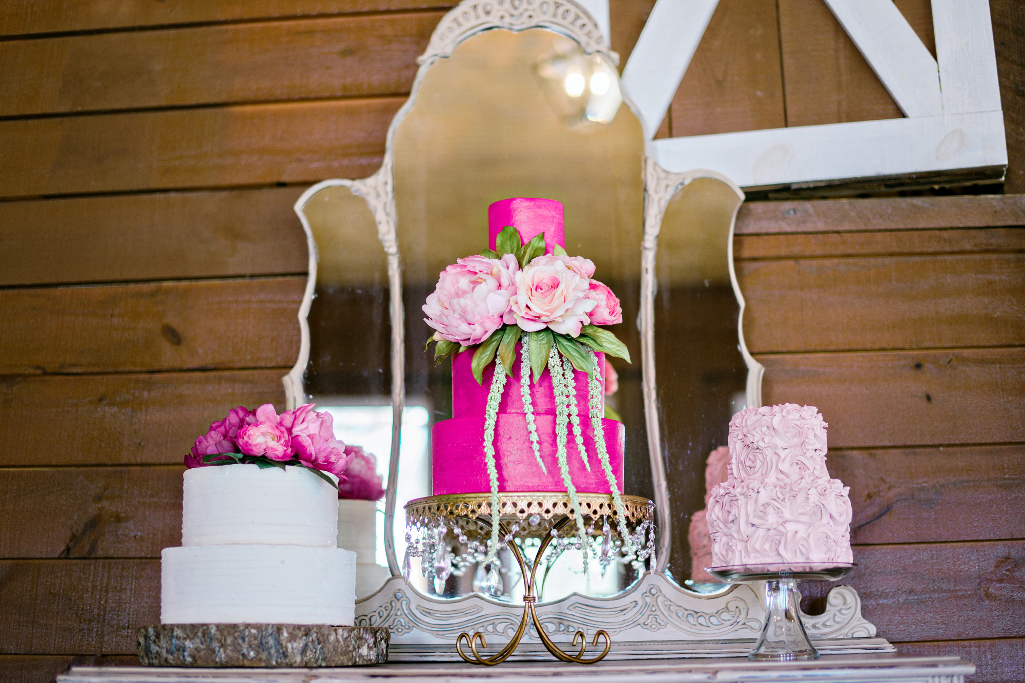 Opulent Treasures Cake Stands Andie Freeman Photo Pink Wedding Cake02.jpg