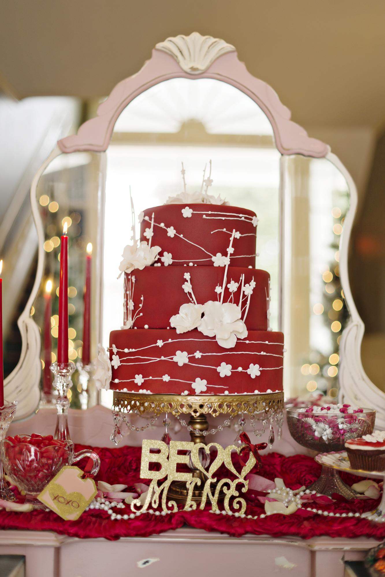 Opulent Treasures Cake Stands Andie Freeman Photo Valentines Day Wedding05.jpg