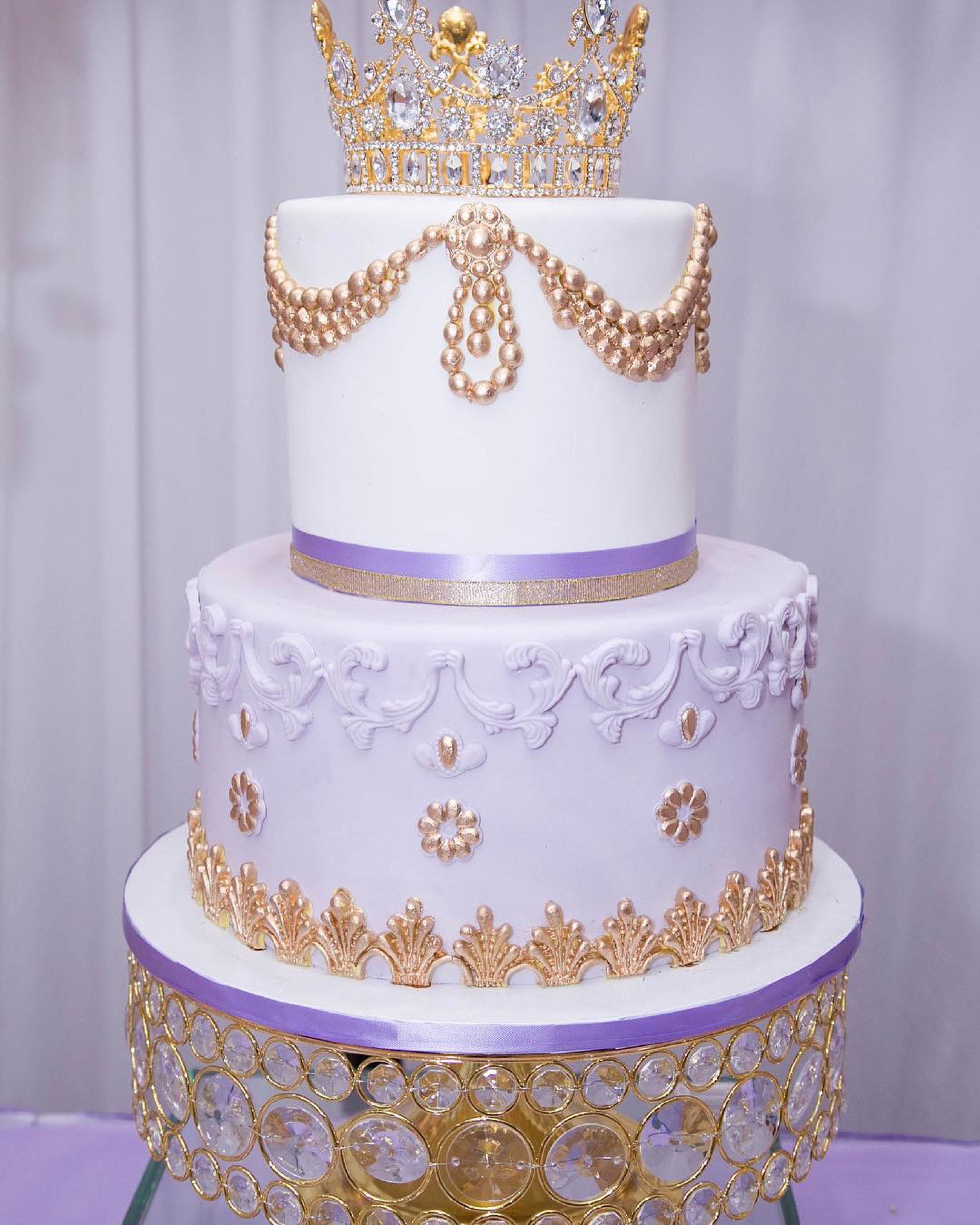 shiny gold bling dessert stand.jpg