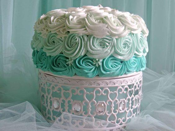 white moroccan cake stand.jpg