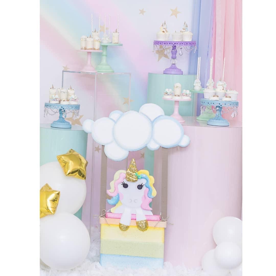 unicorn party.jpg