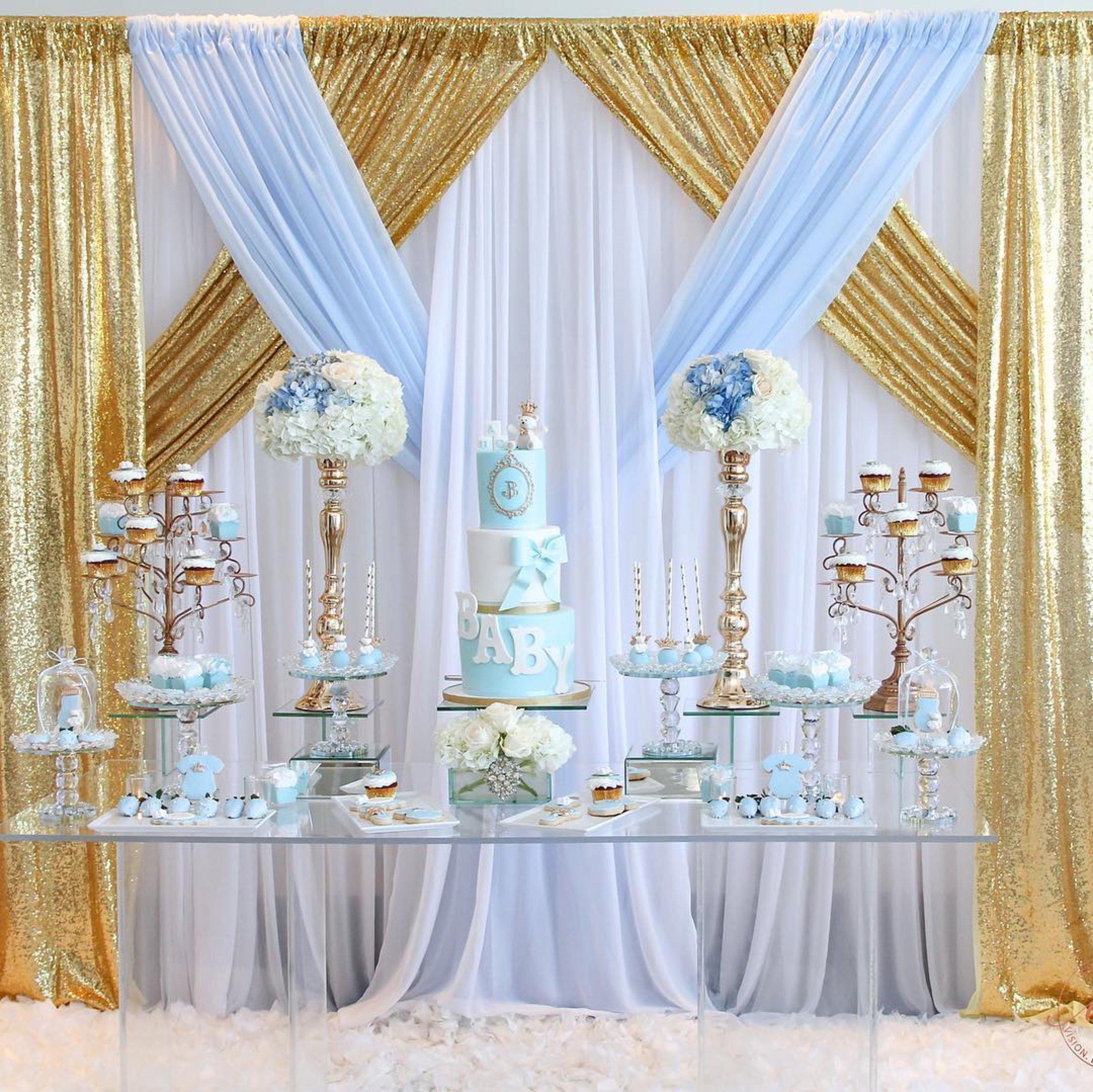 elegant-baby-shower-gold-chandelier-cupcake-stands.jpg