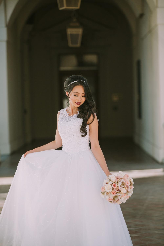 blush-and-gold-Bride-opulent-treasures-dcflevents.jpg