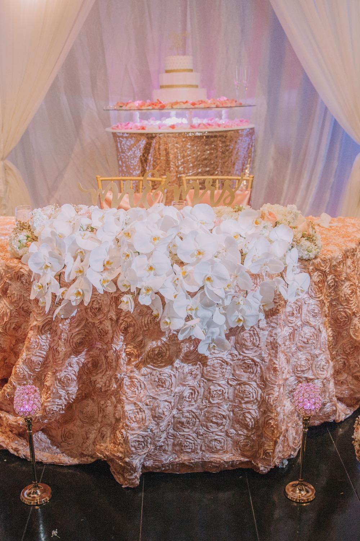 sweetheart-table-blush-gold-wedding.jpg