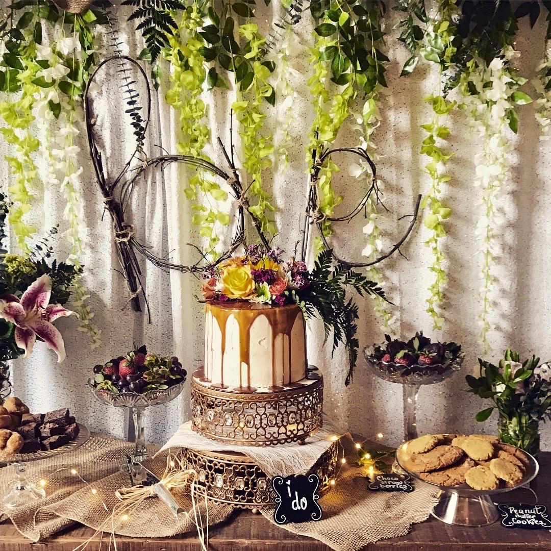 moroccan gold cake stand wedding cake.jpg